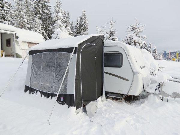 Vorzelt Snow&Fun für Eriba Feeling Wohnwagen